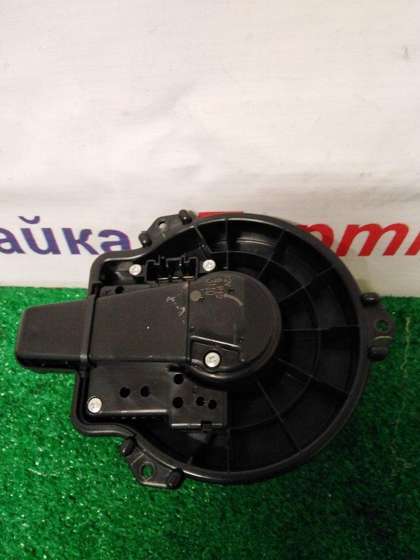 Мотор печки Toyota Aqua NHP10 2013