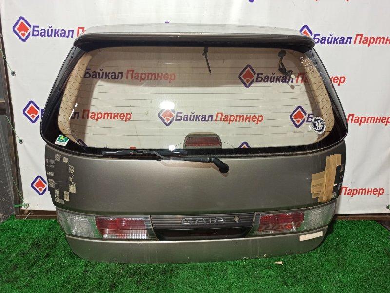 Дверь 5-я Toyota Gaia SXM15G задняя