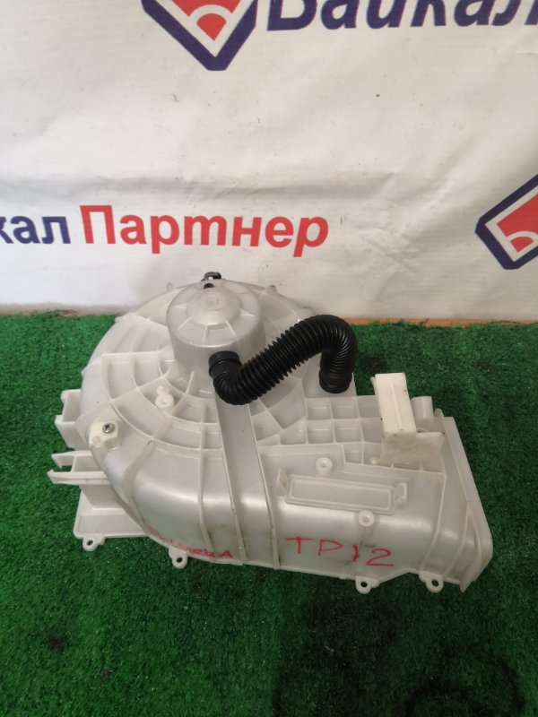 Мотор печки Nissan Primera TP12 2003