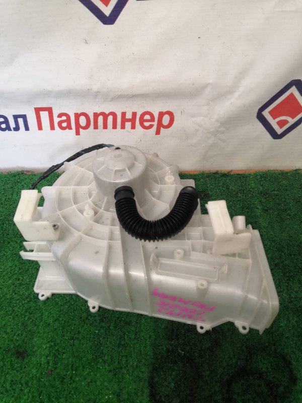 Мотор печки Nissan Primera TNP12 2001