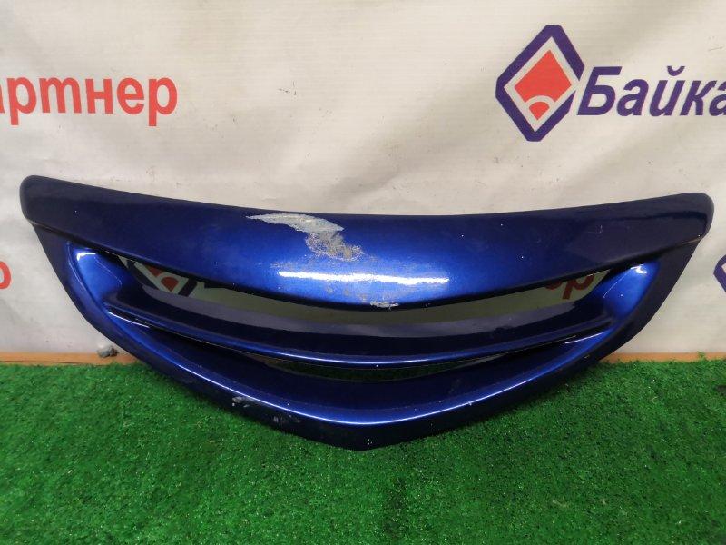 Решетка радиатора Mazda Axela BK5P 2004
