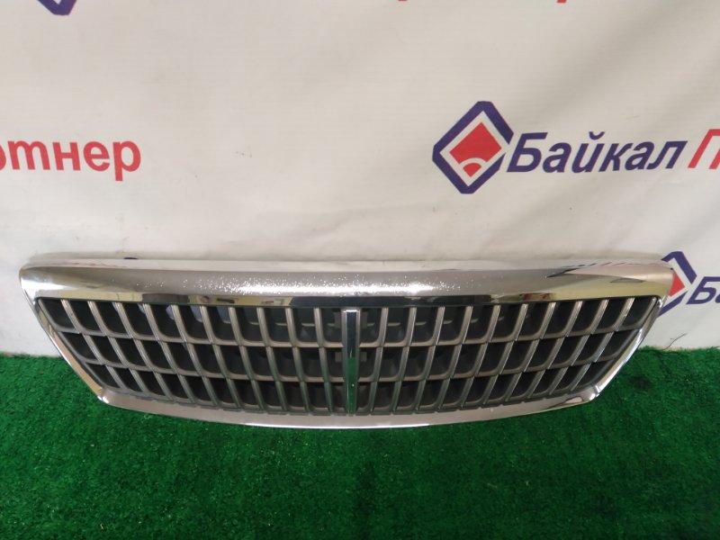 Решетка радиатора Nissan Laurel GNC35