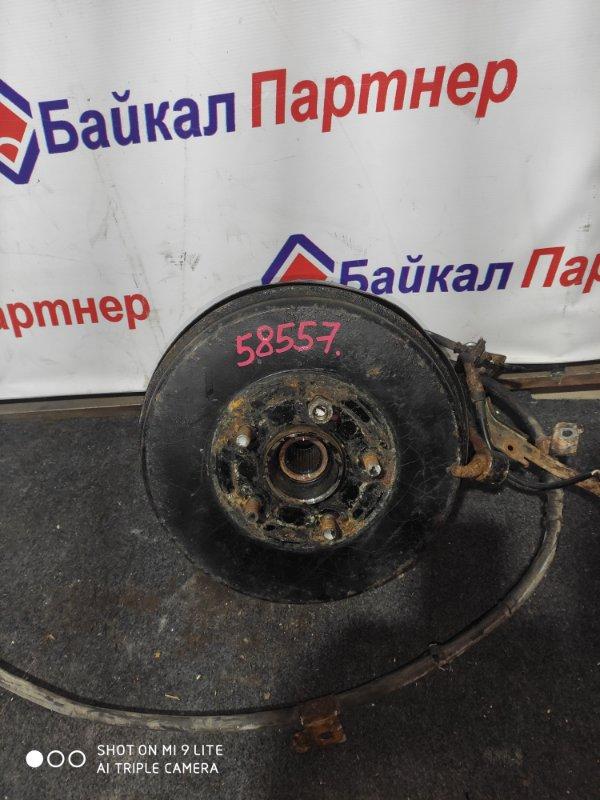 Ступица Nissan Bassara JNU30 KA24DE задняя левая