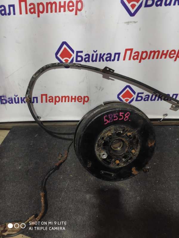 Ступица Nissan Bassara JNU30 KA24DE задняя правая