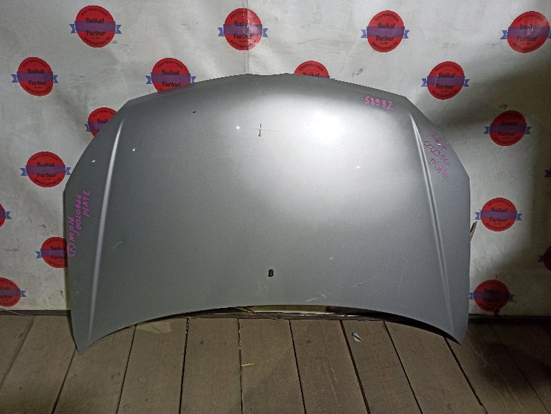 Капот Toyota Platz NCP16 2004.05