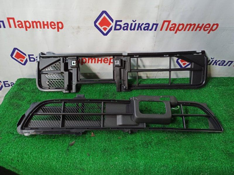 Решетка радиатора Daihatsu Tanto LA610S 2013