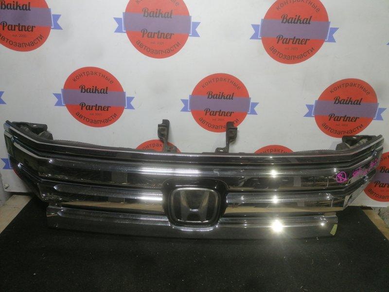 Решетка радиатора Honda Step Wagon RK5 R20A