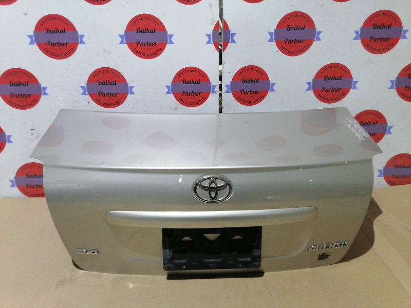 Крышка багажника Toyota Avensis AZT251 задняя