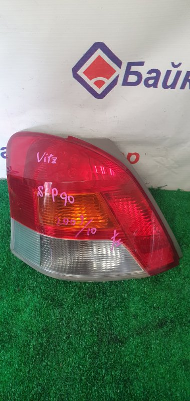 Стоп Toyota Vitz SCP90 задний левый