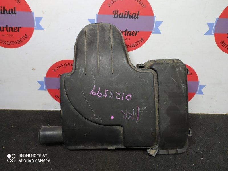 Корпус воздушного фильтра Toyota Passo KGC10 1KR-FE 2005