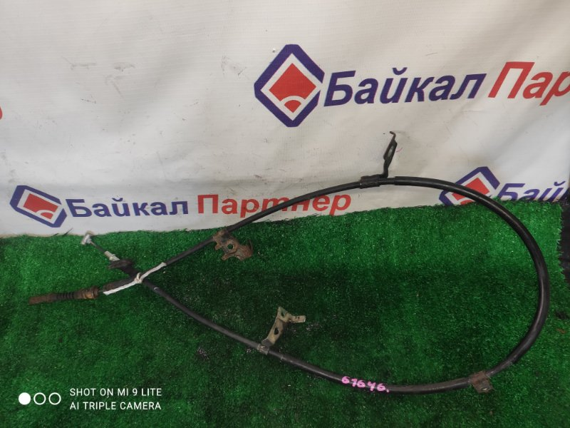 Тросик ручника Suzuki Sx4 задний правый
