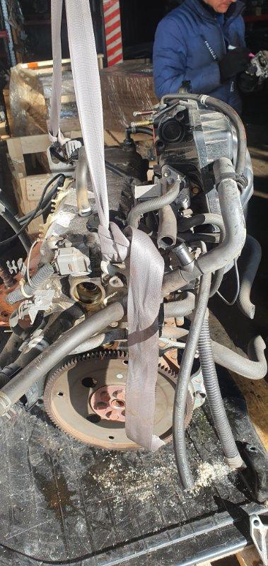 Двигатель Mazda Demio DW3W B3E 2001