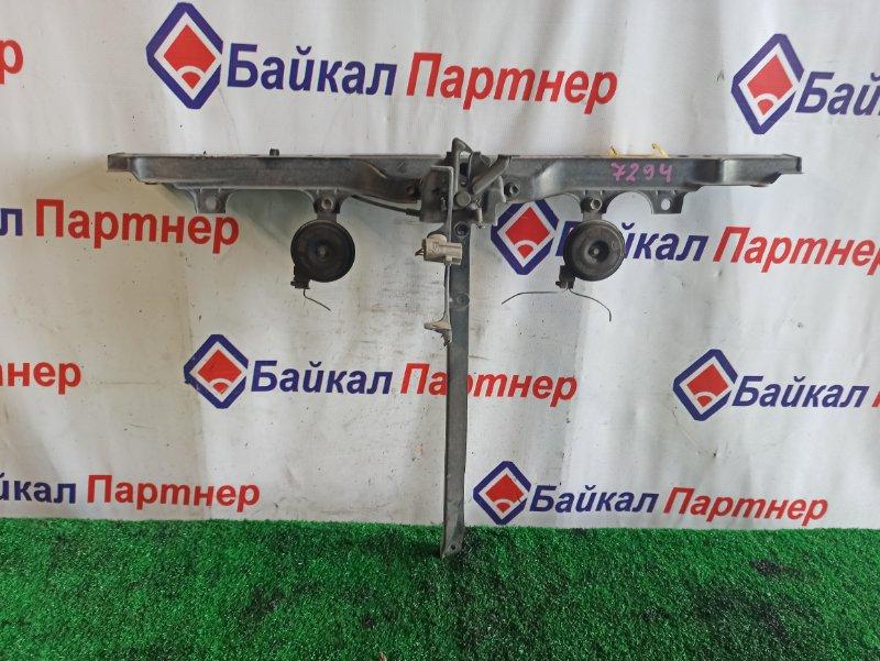 Рамка радиатора Toyota Caldina AZT241W 1AZ-FSE