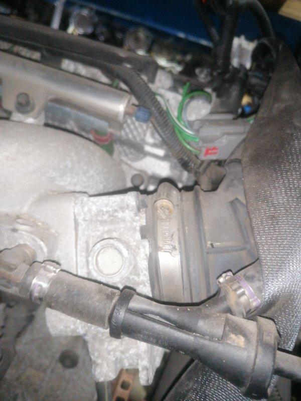 Заслонка дроссельная Volvo V70 SW61 B5244S 2007