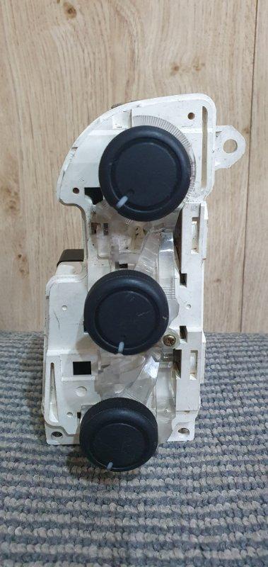 Блок управления климат-контролем Honda Civic Ferio ES1 D15B