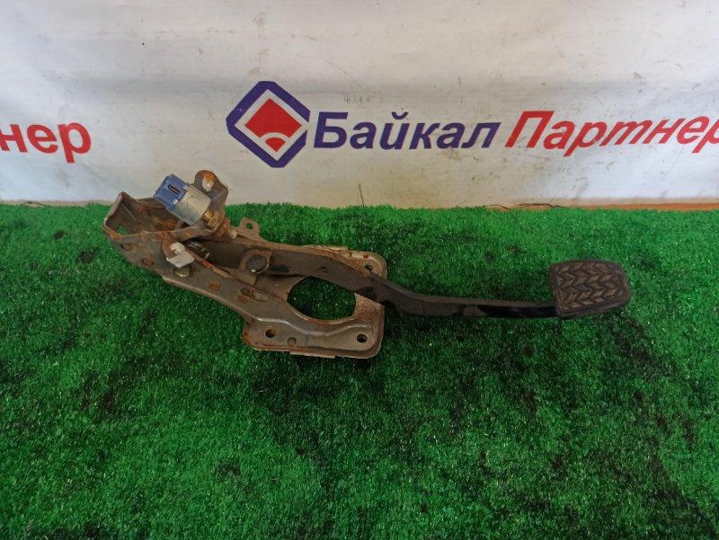 Педаль тормоза Toyota Rav4 ACA21W 1AZ-FSE 2224