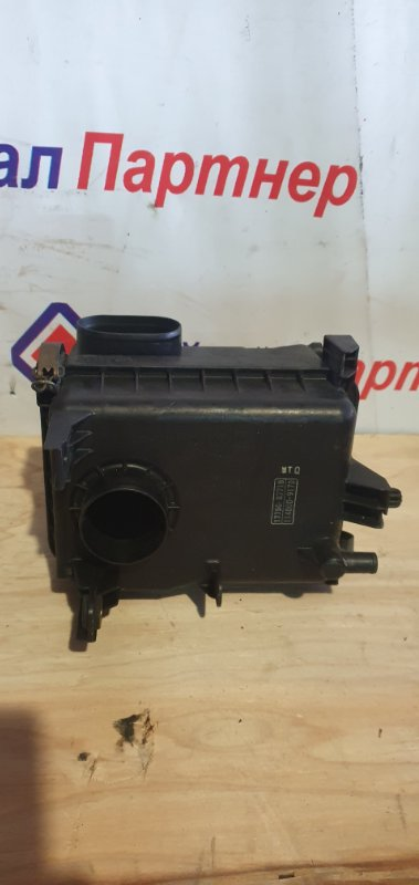 Корпус воздушного фильтра Daihatsu Pyzar G311G HD-EP 1998