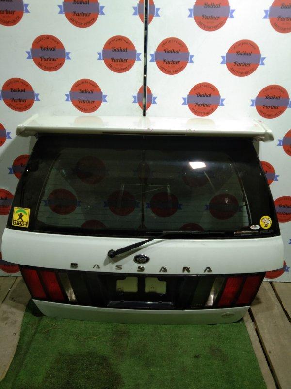 Дверь 5-я Nissan Bassara JNU30 KA24DE задняя