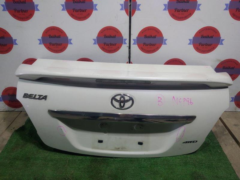 Крышка багажника Toyota Belta NCP96 2NZ-FE задняя