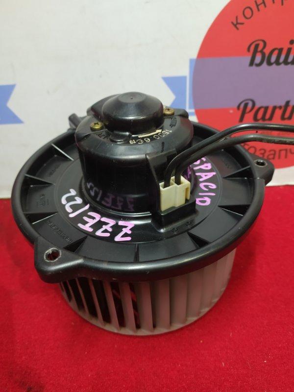Мотор печки Toyota Corolla Spacio ZZE122 1ZZ-FE