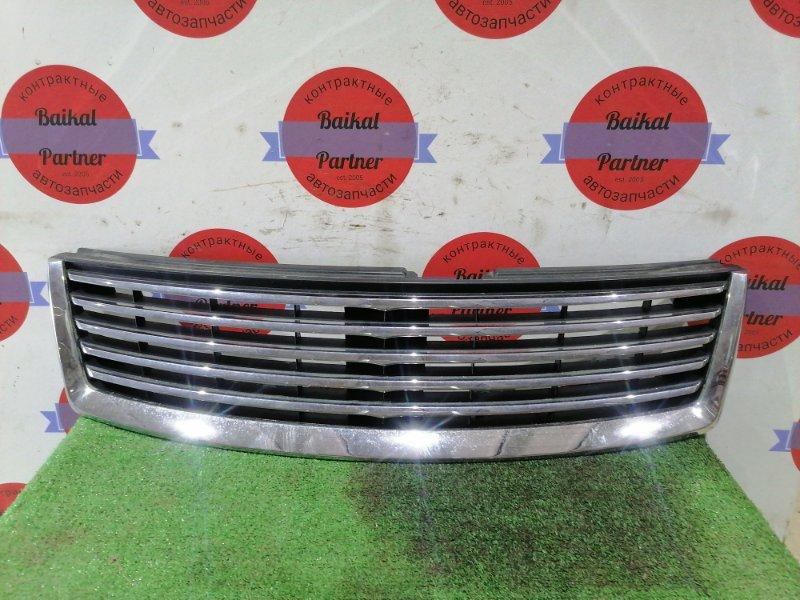 Решетка радиатора Nissan Bassara U30