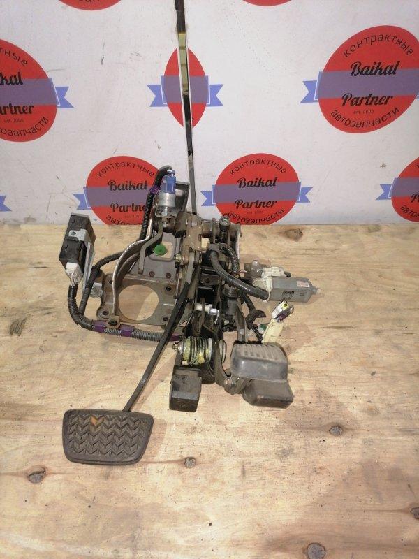 Педаль акселератора Toyota Brevis JCG10 2JZ-FSE