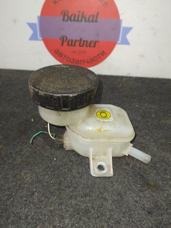 Бачок для тормозной жидкости Toyota Bb 2NZ-FE