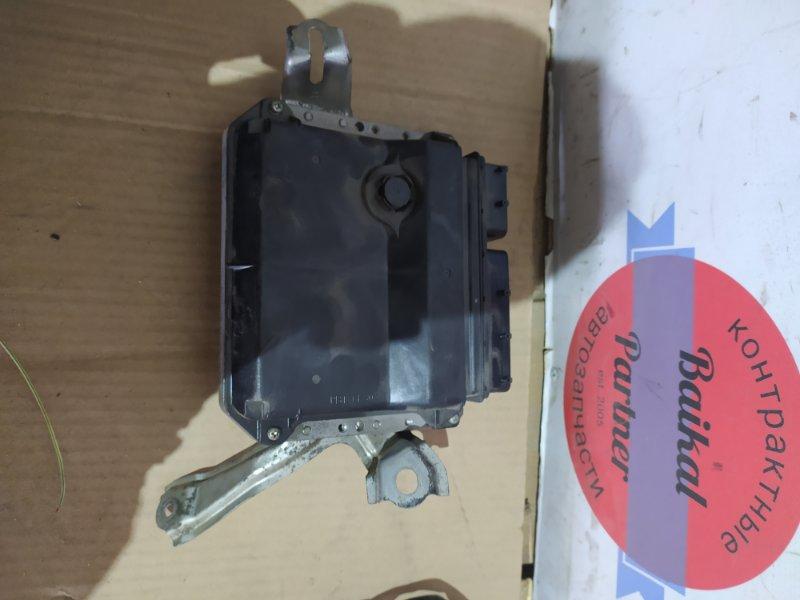 Блок управления двс Toyota Ractis NCP105 1NZ-FE