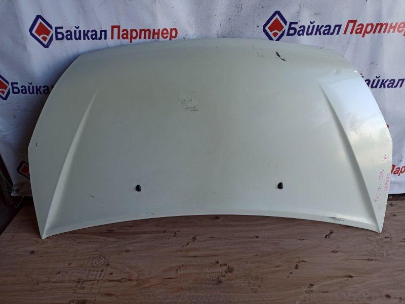 Капот Nissan Serena TNC24 2003