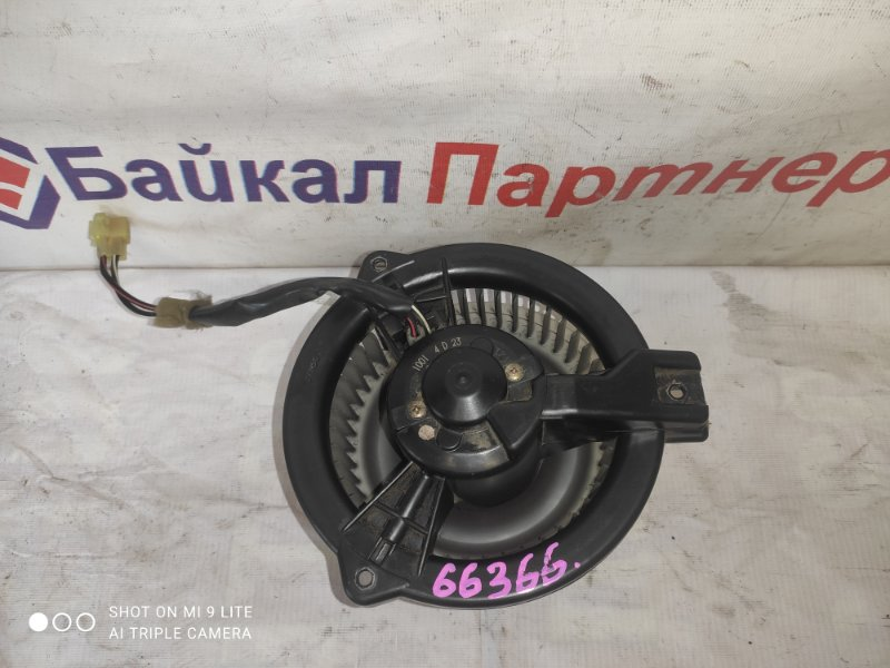 Мотор печки Toyota Prius NHW11 1NZ-FXE 2002