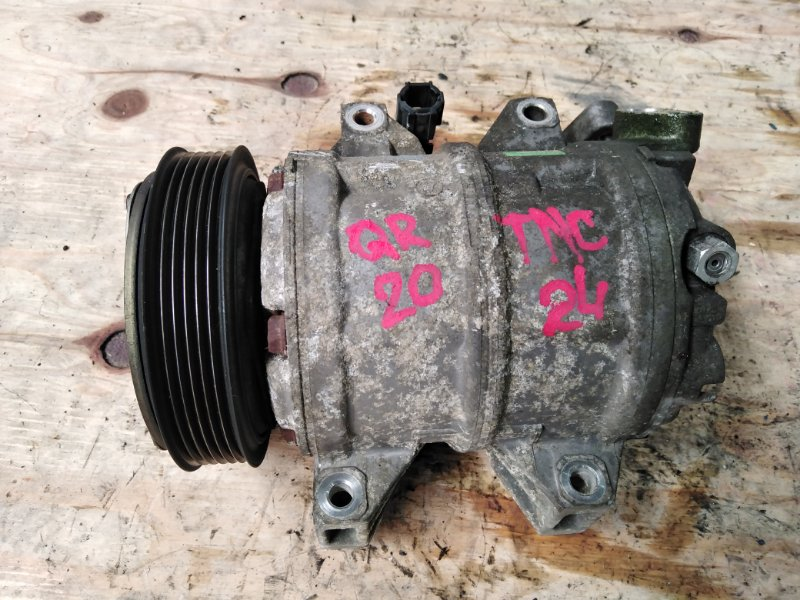 Компрессор кондиционера Nissan Serena TNC24 QR20DE 2003