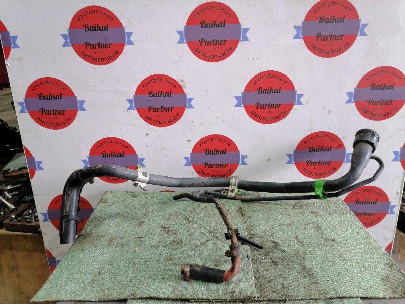 Горловина топливного бака Toyota Spacio ZZE124 1ZZ-FE