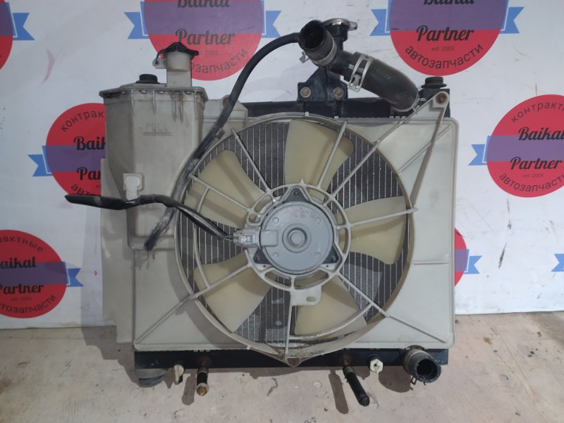 Радиатор двс Toyota Ist NCP60 1NZ-FE