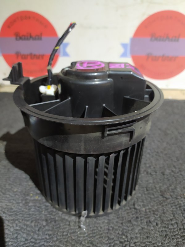 Мотор печки Nissan Cube Z12 HR15DE 2011/7