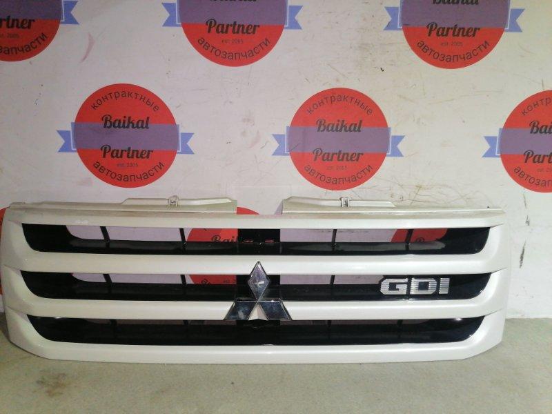 Решетка радиатора Mitsubishi Pajero Io H77W 2002