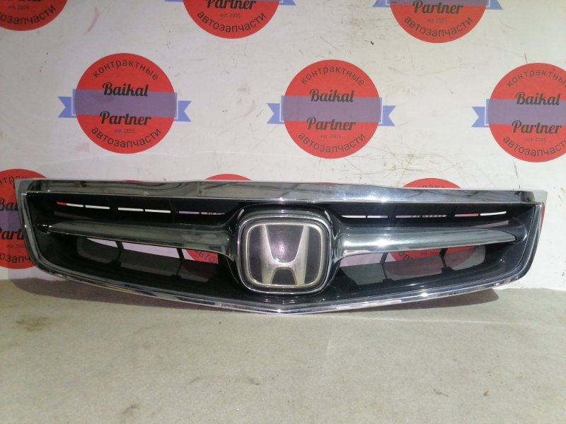 Решетка радиатора Honda Inspire UC1 J30A