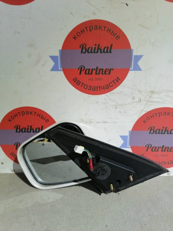 Зеркало Mitsubishi Pajero Io H77W переднее левое