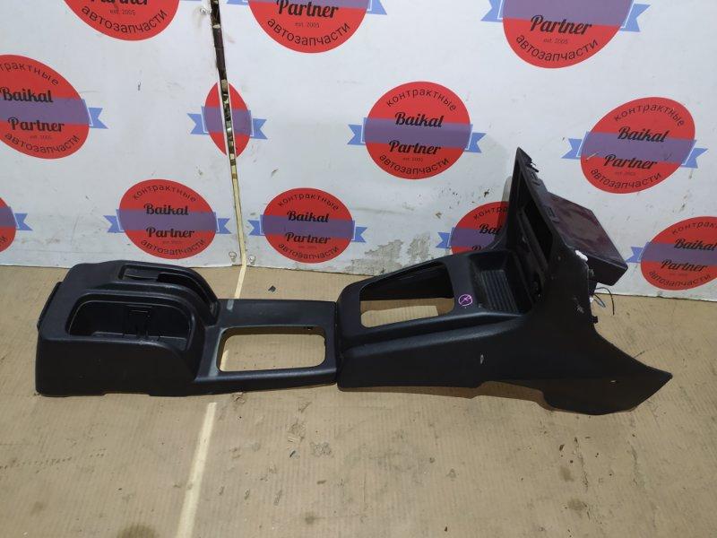 Консоли между сидений Mitsubishi Pajero Io H77W 4G94