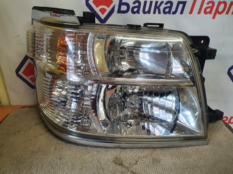 Фара Nissan Elgrand APWE50 2000 передняя правая 100-24776