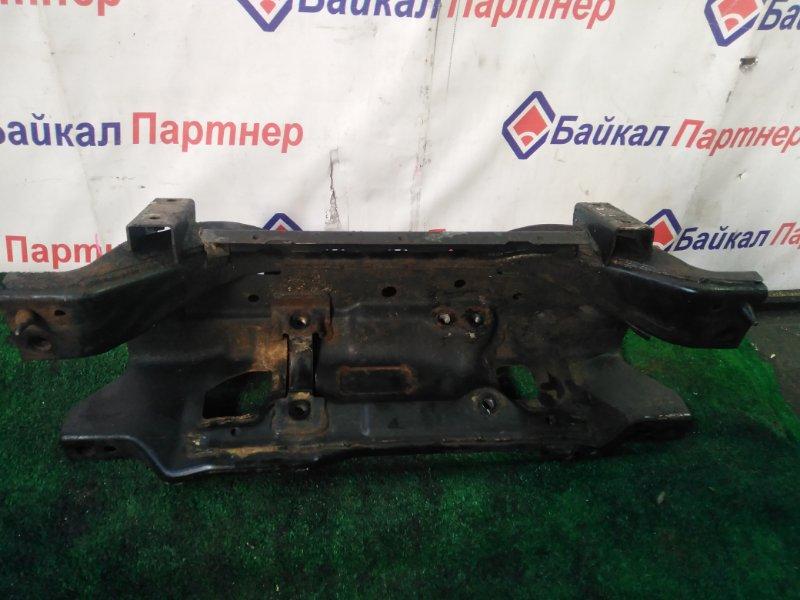 Балка поперечная Nissan Caravan VWME25 ZD30DDTI
