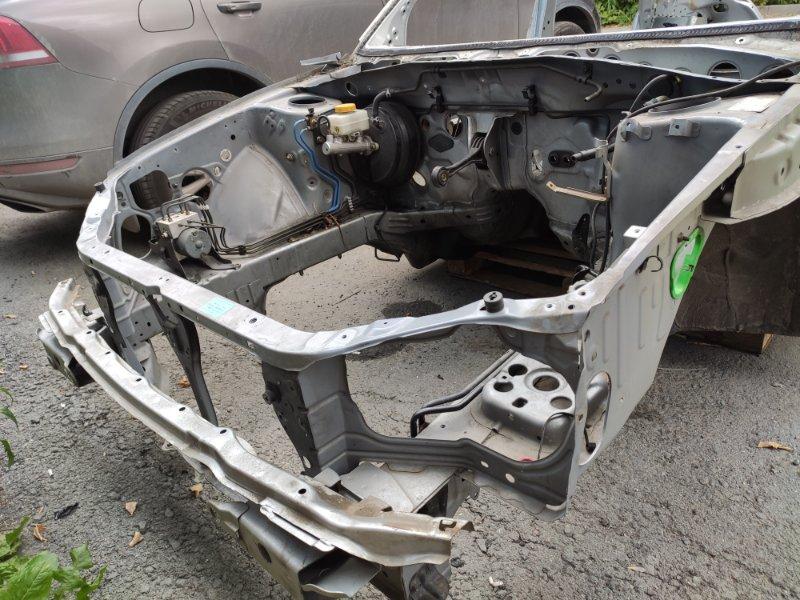 Передняя часть автомобиля Subaru Impreza GGA EJ205DX5BE 2003