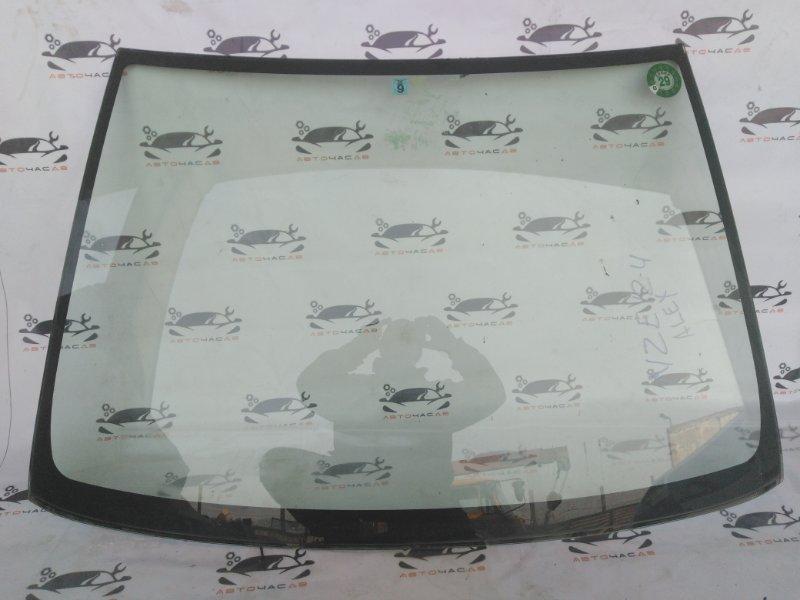 Лобовое стекло Toyota Allex NZE124