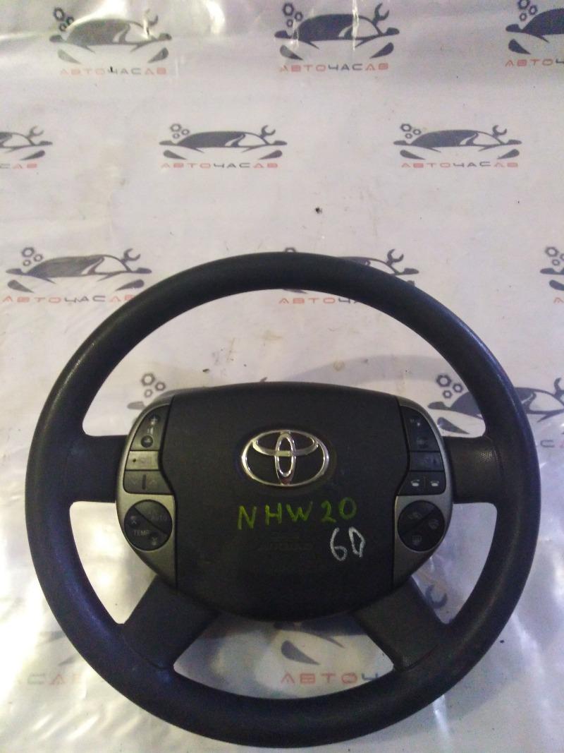 Руль Toyota Prius NHW20 1NZ 2005