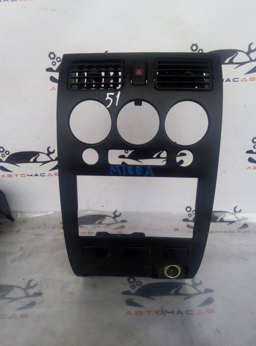 Консоль магнитофона Toyota Duet M100A EJVE 2002