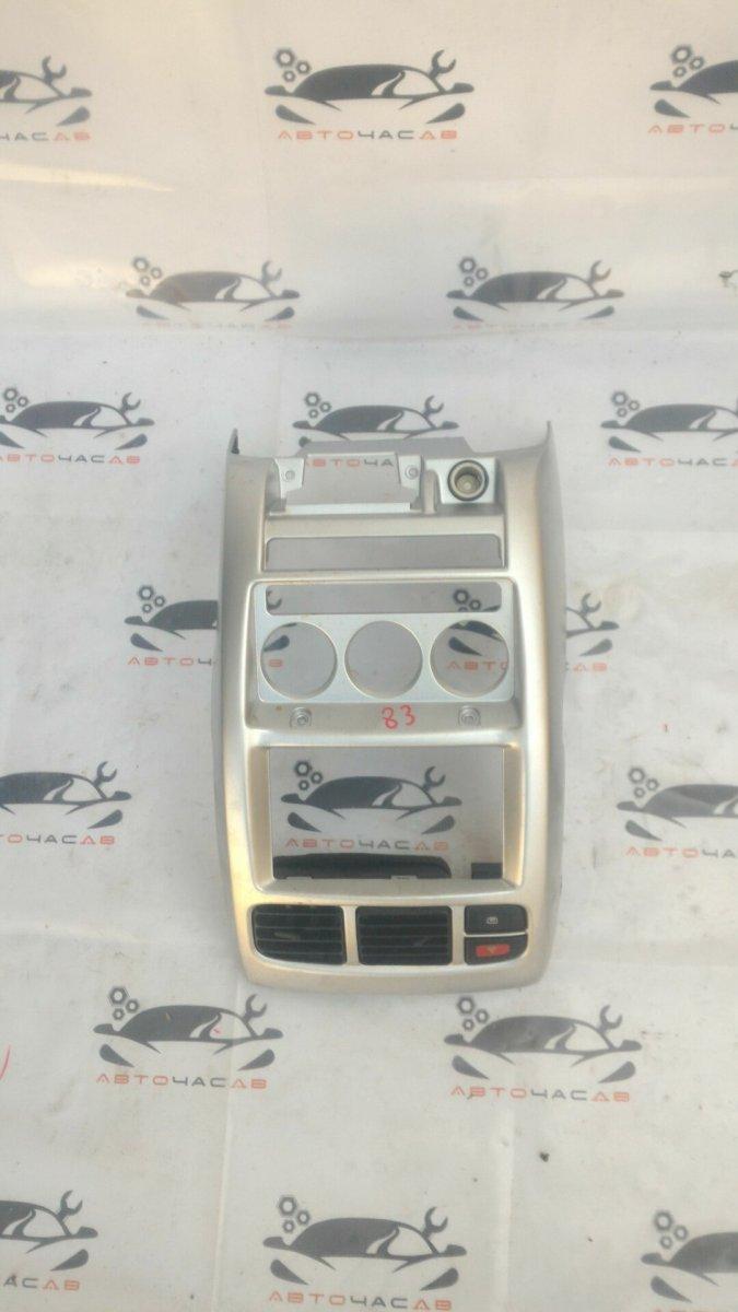 Консоль магнитофона Nissan Cube AZ10 CGA3
