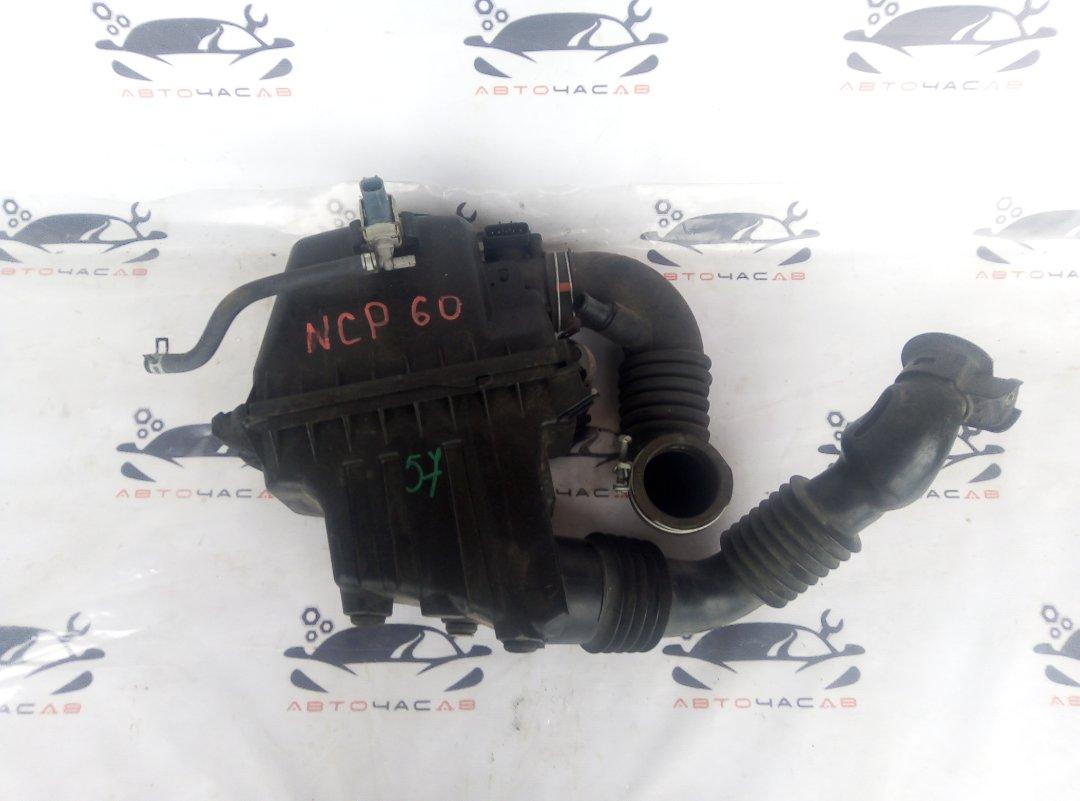 Корпус воздушного фильтра Toyota Ist NCP60 2NZ 2002
