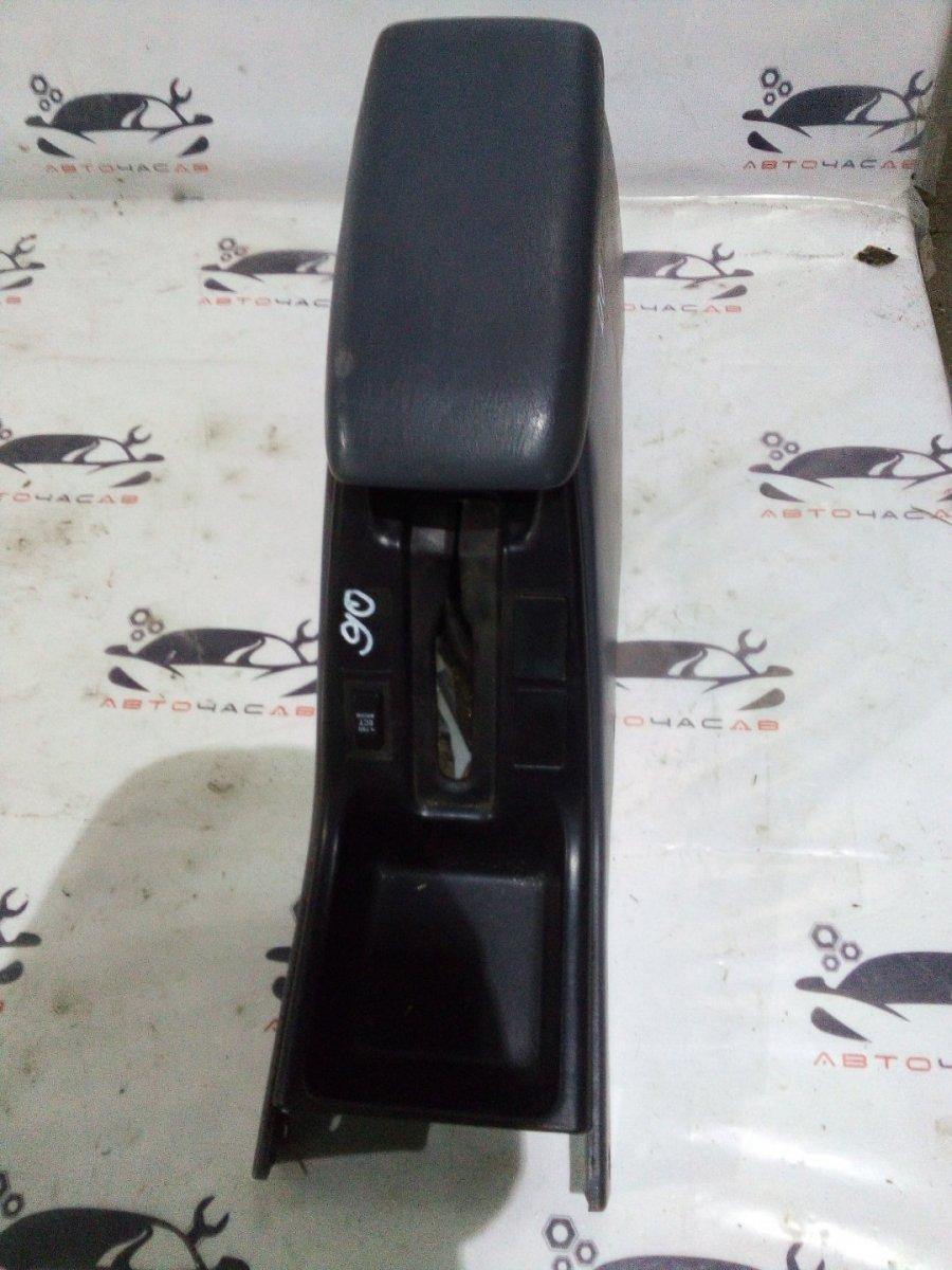 Бардачок между сиденьями Toyota Hilux Surf RZN185 3RZFE 1996
