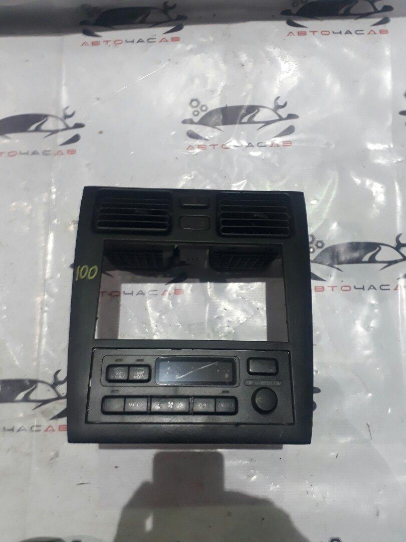 Консоль магнитофона Toyota Caldina ST215 3S 1998