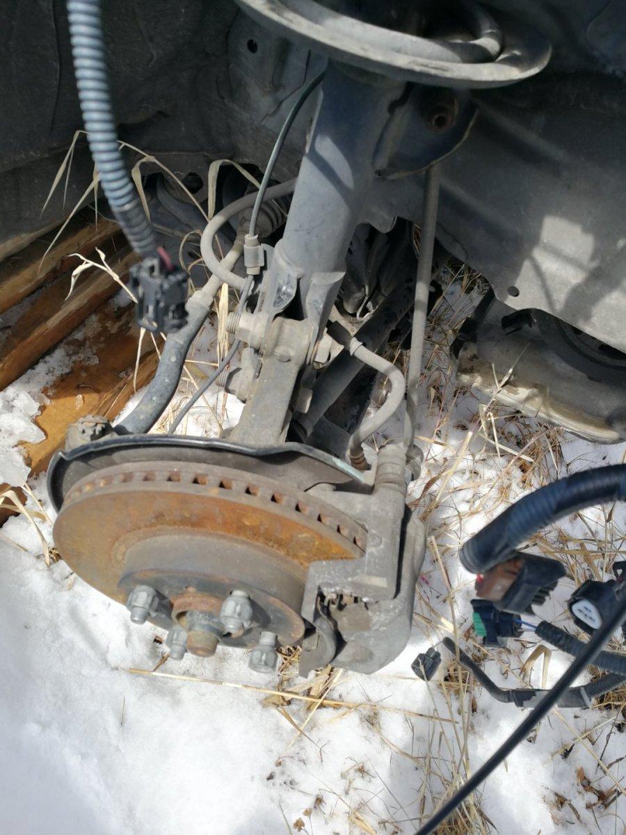 Стойка подвески Toyota Aqua NHP10-2055974 1NZ 2012 передняя левая