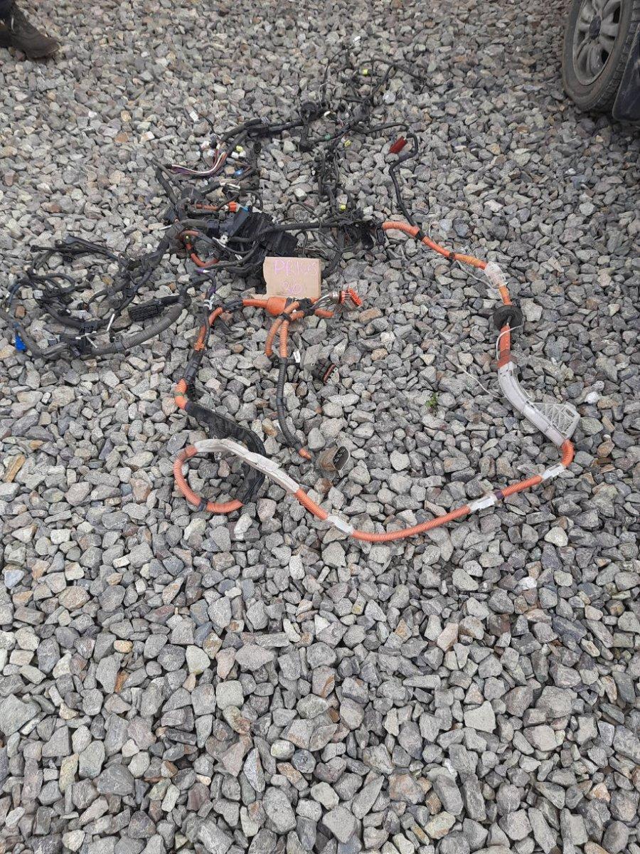 Провода высоковольтные Toyota Prius ZVW30 2ZRFXE 2009